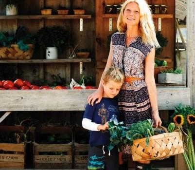 Gwyneth-Paltrow-Market-Vegetables-May-13-p82-508x6601-401x349